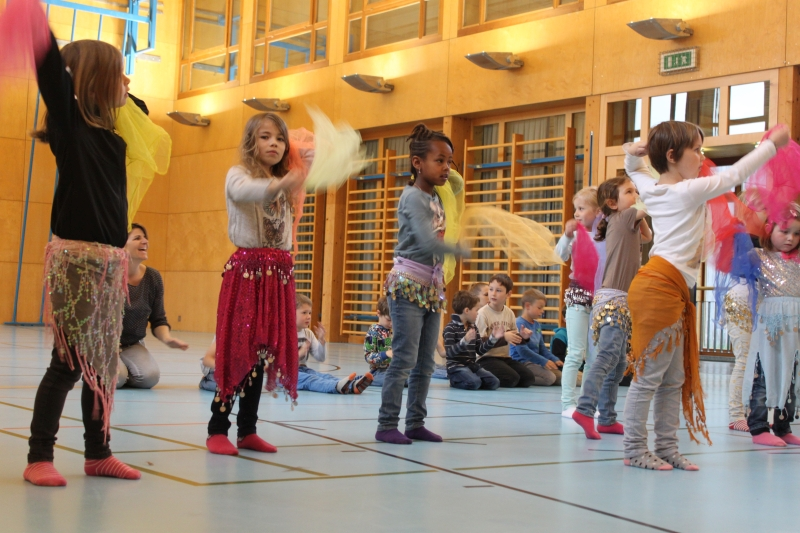 Rhythmus und Tanz 28
