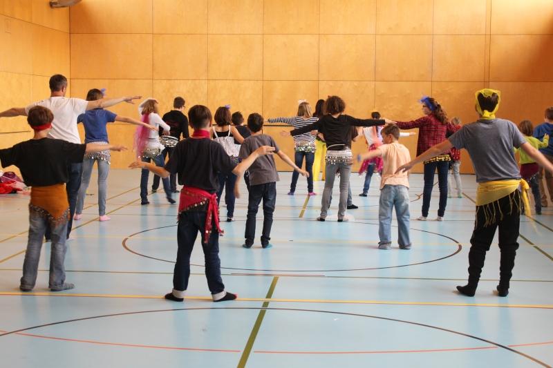 Rhythmus und Tanz 46