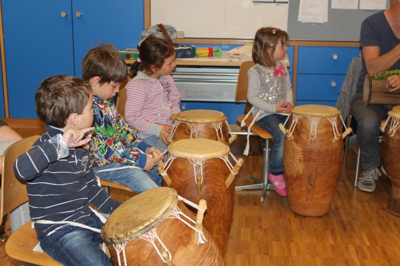Rhythmus und Tanz 73