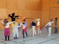 Rhythmus und Tanz 23