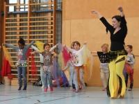 Rhythmus und Tanz 27