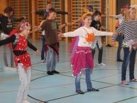 Rhythmus und Tanz 41