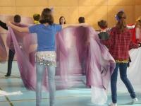 Rhythmus und Tanz 57