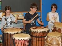 Rhythmus und Tanz 64