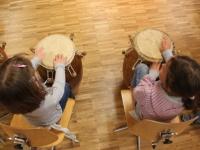 Rhythmus und Tanz 71